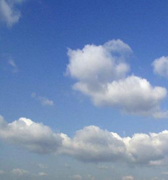 威洛尼蓝天白云手绘