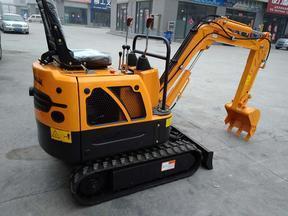 0.8吨超小型履带式液压挖掘机