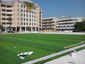 广西人造草足球场铺设