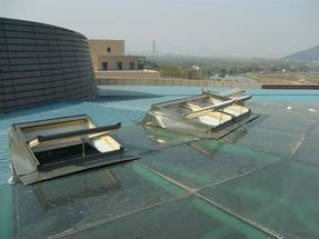 厂家直销设计安装 斜屋顶天窗 阁楼天窗 别墅天窗
