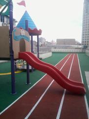 幼儿园EPDM塑胶跑道铺设