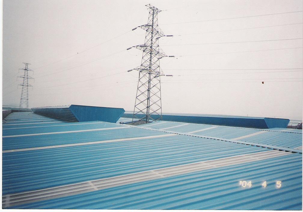 钢结构屋面气窗样式图