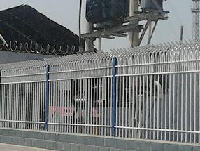 供应锌钢围栏 围墙栅栏 小区隔离栏
