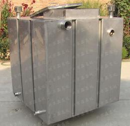 不锈钢压槽焊接水箱