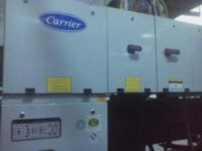 开利(30HXC-400A-HP1)水源热泵维修