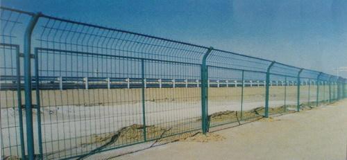 幼儿园主题墙栅栏手工制作