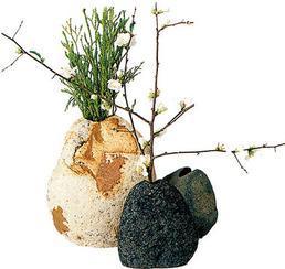 溪石插花rock vases