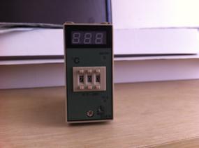 E5EN-YR40K温度仪