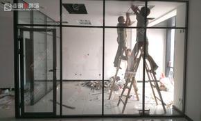 黑色烤漆框架,双玻成品高隔断