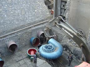 金属蜗壳轴流式水轮机