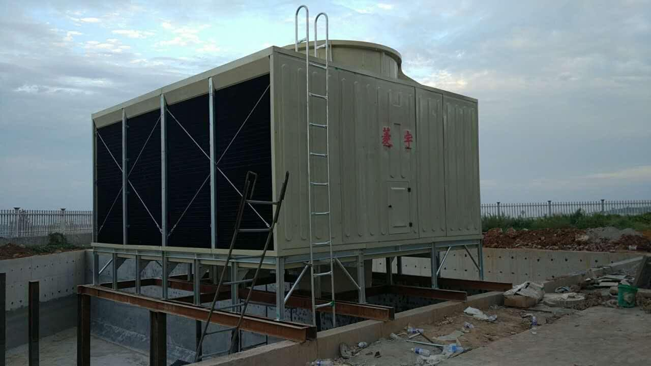 冷却塔存放在建筑内的建筑结构