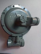 壳1813B2可调式调压器
