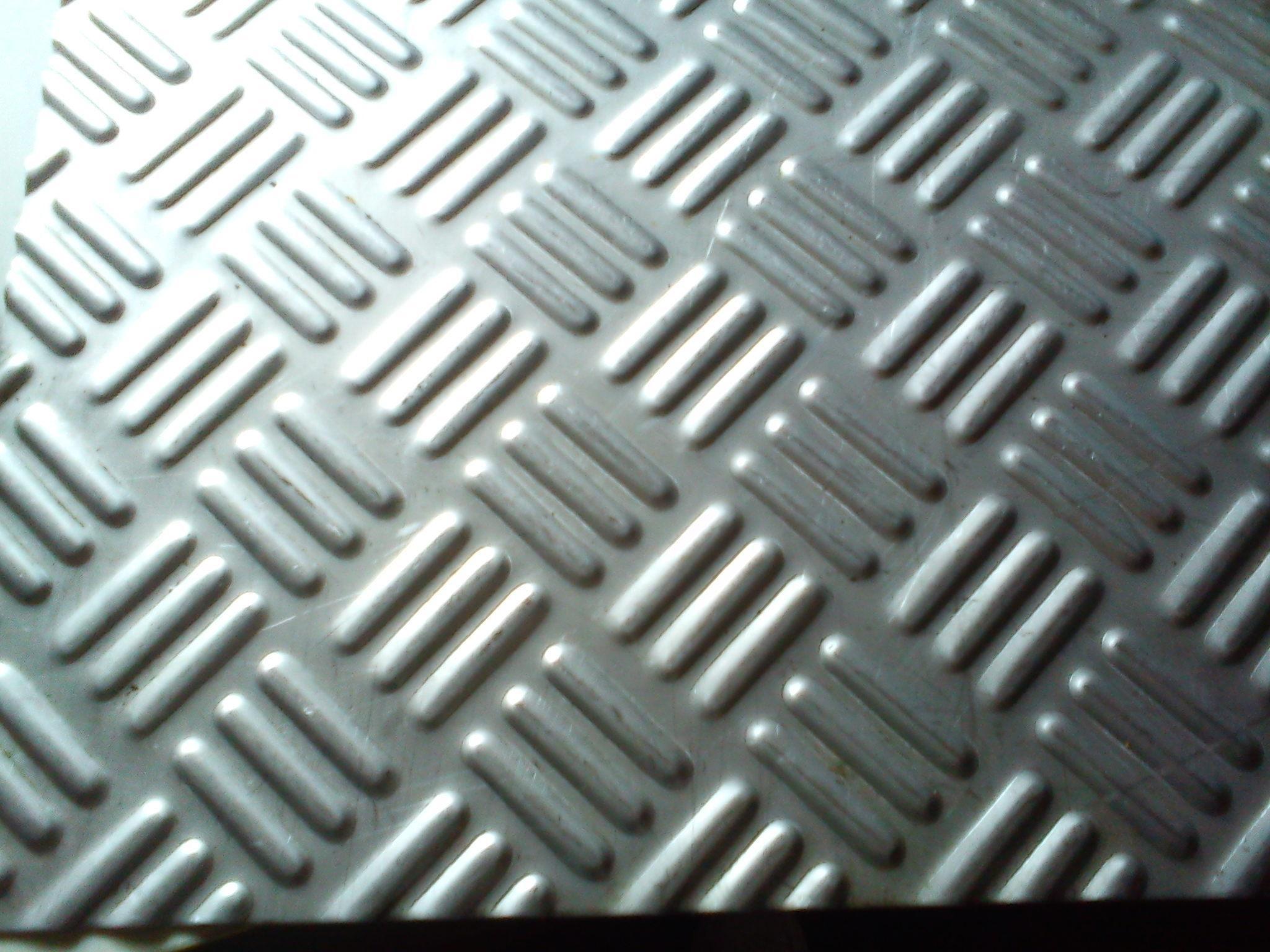 三针花不锈钢防滑板五针花不锈钢防滑板鑫茂不锈钢防滑
