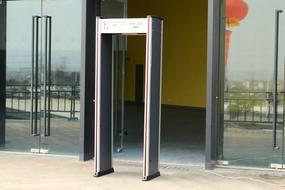 安检门(出租湖州安检门)金属探测门