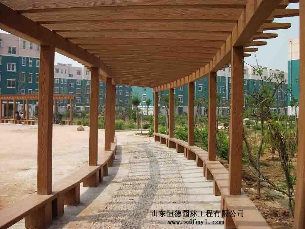 仿木弧形长廊