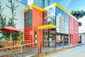 广州集装箱咖啡厅设计|集装箱商业综合体-大小盒子集装箱公司