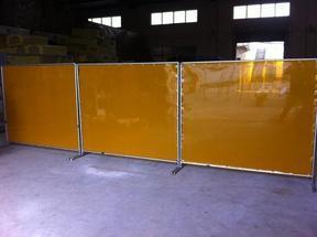 供应电焊光防护屏,电焊光防护帘,电焊光防护板