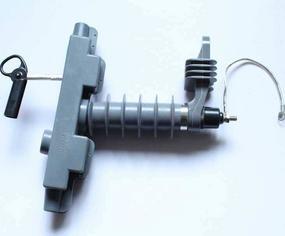 新沂支柱式避雷器作用 常州支柱型避雷器标准