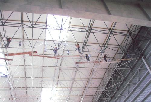 上海厂房钢结构防腐刷油漆