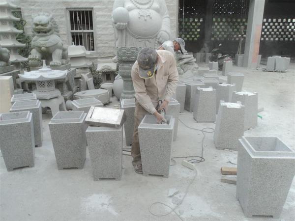 花岗岩石制垃圾桶gtb005