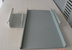 新疆铝镁锰板供应厂家
