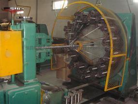 [恒昌软管] 钢丝编织机