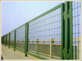高安全防护网+蛇腹型防护网