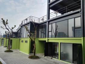 郑州大小盒子集装箱别墅外观设计集装箱室内设计信赖品牌
