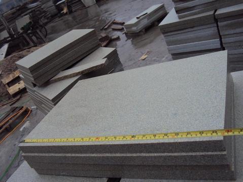 mcby157 材质:米黄地砖 加工方式:喷砂面 用途:室内外地面铺装