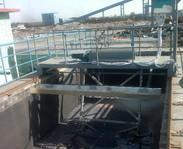 行车式泵吸泥机/平流式沉淀池刮泥刮渣机