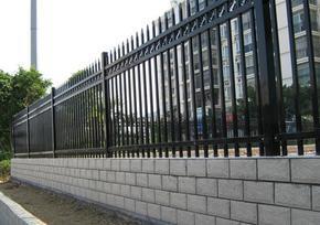 花园木栅栏、花园隔离栅栏、欧式小栅栏花园、路基防护栅栏