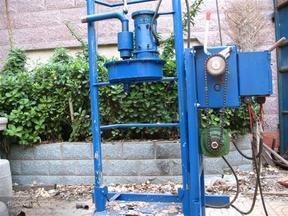 中小型水井钻机 液压打井机 便携钻井机