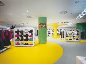 供应郑州塑胶地板,塑胶地板,彩色圣特橡胶地板电梯地板专用