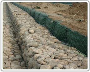 钢丝网石笼护垫专业水利河道防护
