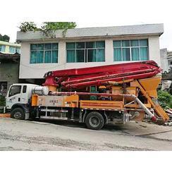 33米混凝土小型泵车搅拌机