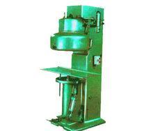 九江长虹金属包装机械厂专业生产QF1A2四滚轮封罐机等设备