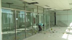 大连不锈钢玻璃办公室隔断
