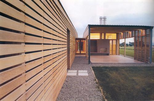防腐木板墙及木屋