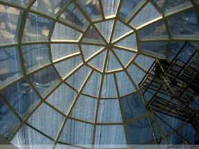 顺义区玻璃贴膜阳光房隔热膜