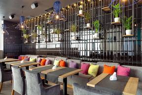 郑州西餐厅装修设计中如何用线条进行造型-【梵意空间设计】