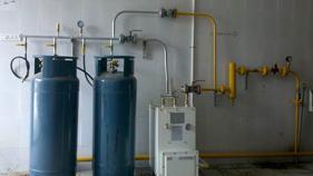 煤气管道液化石油气中邦100kg汽化炉安装工程