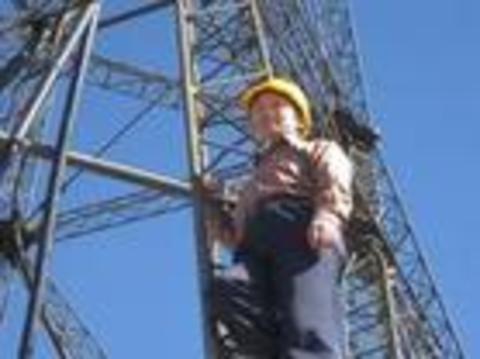 施工电梯基础加固及安装工程施工方案
