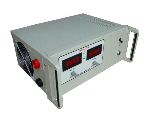 电池充电机      采用国际先进的开关电源技术及智能充电技术,集手动