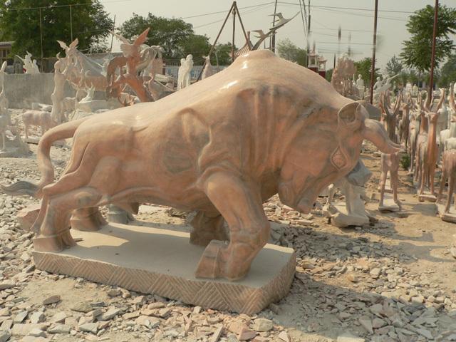 供应动物奔牛雕塑