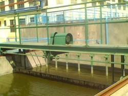 中心传动气浮池刮渣机