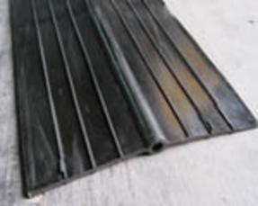 651型橡胶止水带(300×8)建筑用橡胶止水带