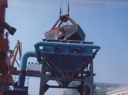 港口移动式漏斗除尘器