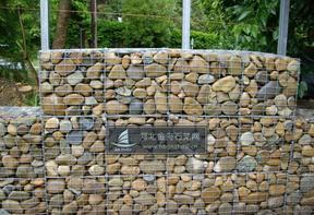电焊石笼网景观墙