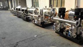 超静音管中泵变频供水设备