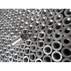 供应大量建筑领域Φ16-Φ40的钢筋套筒
